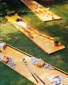 DIY Backyard Miniature Golf Project and more awesome backyard games Diy Outdoor Weddings, Outdoor Parties, Outdoor Games, Outdoor Fun, Wedding Backyard, Outdoor Activities, Reception Activities, Backyard Party Games, Lawn Games