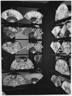 The Metropolitan Museum of Art; View of case with fans from the Louis XVI period (1774-1791). Photographed on April 1, 1907.