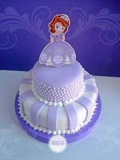 Risultati immagini per princesita sofia souvenirs Sofia Birthday Cake, Princess Sofia Birthday, Sofia The First Birthday Party, Princess Party, Sophia Cake, Sofia The First Cake, Girl Cakes, Cake Tutorial, Fondant Cakes