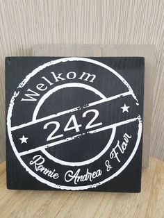 Naambord steigerhout 20x20cm  15 euro