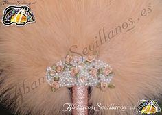 Abanico de plumas. Feather fan. www.abanicossevillanos.es Hand Fans, Feathers