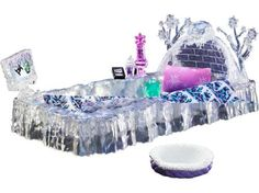 Monster High Dead Tired Wave 2 Abbey Bominable Bed & Accesories (owned)
