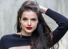 Diva de atitude: Os looks básicos e cheios de estilo da Agatha More...