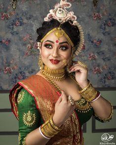 Image may contain: one or more people and closeup Bengali Bridal Makeup, Bengali Wedding, Bengali Bride, Bengali Saree, Wedding Bride, Indian Bridal Photos, Indian Bridal Outfits, Indian Bridal Fashion, Bridal Chuda