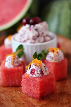 This recipe puts a winter spin on watermelon. Think outside the box when it comes to easy appetizers. These watermelon cups are filled with Cranberry Mascarpone and garnished to perfection! Watermelon Appetizer, Watermelon Recipes, Fruit Recipes, Wine Recipes, Great Appetizers, Appetizer Recipes, Mascarpone Recipes, Brunch, Healthy Fruits