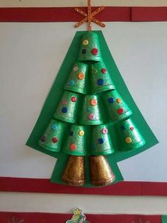 Super Fun and Creative Christmas Crafts Kids Will Love to Make Christmas Arts And Crafts, Holiday Crafts For Kids, Preschool Christmas, Christmas Activities, Christmas Themes, Christmas Holidays, Christmas Decorations, Kids Crafts, Cup Crafts