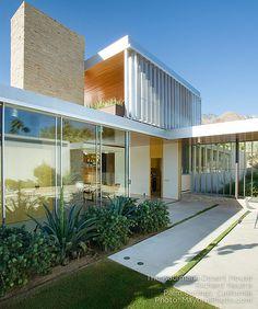 Richard Neutra - Kaufmann Desert House