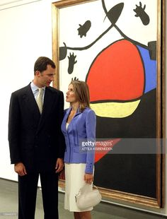 Crown-prince Felipe de Bourbon of Spain and his wife, Princess of Asturia, Letizia Ortiz Rocasolano chat in front of painting made by Spanish artist Joan Miro and titled 'The landscape' exhibited in the Spanish collection of Museum of Fine Art in Budapest 07 September 2004. Spanish couple arrived 07 September for three-day official visit to Hungary, the first one out of Spain after their wedding in May.