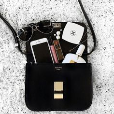 63e7bc423d7 Céline Bag Magic Bag, Box Bag, Small Bags, Leather Purses, Black Leather