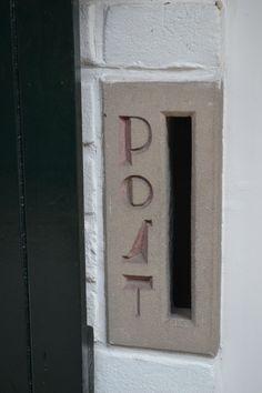 Jaren30woningen.nl | Mooi detail: brievenbus uit de jaren 30