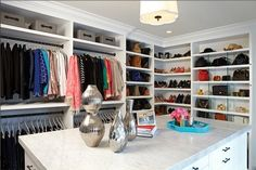 Yes, you're seeing this correctly — the star has an entire island of storage in her closet. The closet itself is 200 square feet and custom-built by LA Closet Design. Source: LA Closet Design via Elle Decor