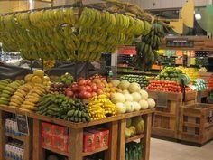 Bananas + Other Tropical Fruits Produce Displays, Fruit Displays, Organic Market, Fresh Market, Vegetable Shop, Fruit Shop, Food Retail, Fruit Stands, Retail Store Design