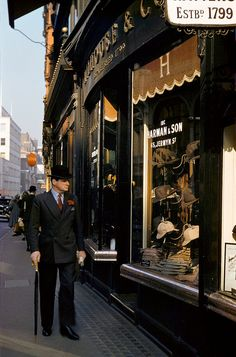London, 1953 © Inge MorathJermyn Street, 1950s