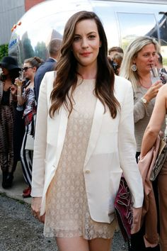 Liv Tyler at the Stella McCartney Spring 2015 Presentation. Styled by Kate Young. Pretty hair!