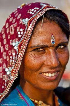 nicolas bialylew photographie inde les femmes en inde histoires indiennes pinterest les. Black Bedroom Furniture Sets. Home Design Ideas