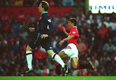 Man Utd 3 Sheffield Utd 0 in August 1993 at Old Trafford. Roy Keane scored twice on his home debut #Prem