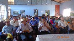 *CHARLA EN SANTO DOMINGO* Los pobladores del Distrito de Santo Domingo participando de la charla informativa del procedimiento de Formalización y Titulación de los predios Rústicos.