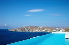 Seaside-Infinity pool
