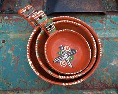 Set of Three Vintage Tlaquepaque Tonala Nesting Bowls with Handles, Mexican Pottery Folk Art