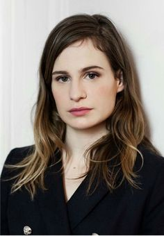 Style crush: Christine and the Queens. Christina And The Queens, Big Crush, Pure Beauty, Woman Crush, Role Models, Crushes, Singer, Pure Products, Long Hair Styles