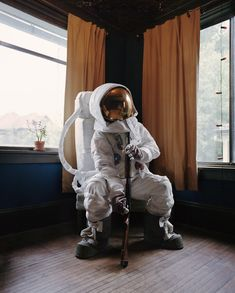 Photo : Neil DaCosta « Astronaut Suicide » les astronautes en dépression par Neil DaCosta
