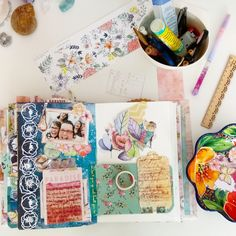 Tutorial página CollageJournal - crecimiento personal Dream Book, December Daily, Scrapbook Layouts, Cinderella, Collage, Books, Art, Hang Photos, Prize Draw