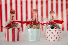 Cellophane Gift Bags, Childrens Party, Hostess Gifts, Cute Gifts, Teacher Gifts, Party Planning, Summertime, Birthday Parties, Joy