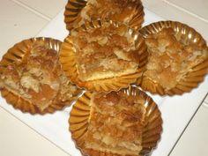 Walnoot-amandel plaatkoek Ramadan, Apple Pie, Sweet, Desserts, Food, Candy, Tailgate Desserts, Deserts, Essen