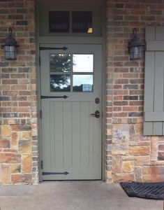 Front door with black ironmongery. This door has been hung with butt hinges and the black hinges are false hinge fronts. For these click below: http://www.priorsrec.co.uk/iron-hinge-fronts/p-3-31-48-238