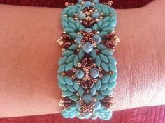 Tutorial Miami Bracelet by Vivatutorial on Etsy Seed Bead Bracelets, Seed Bead Jewelry, Beaded Jewelry, Handmade Jewelry, Seed Beads, Jewellery, Seed Bead Tutorials, Beading Tutorials, Beaded Bracelet Patterns