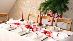 Just Love This Table Noel Decoration Deco Table Noel, Table Setting Inspiration, Home Improvement, Table Settings, Table Decorations, Furniture, Home Decor, Tables, Decor Ideas