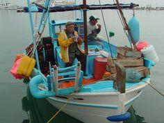Hydra Fisherman so colorful so crafty..