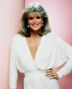A gallery of Dynasty publicity stills and other photos. Featuring Joan Collins, Linda Evans, John Forsythe, Diahann Carroll and others. Linda Evans, Colleen Dewhurst, Der Denver Clan, Dynasty Clothing, Shirley Maclaine, Christie Brinkley, Farrah Fawcett, Glamour, Actresses
