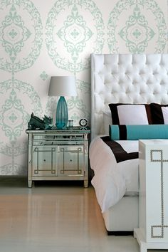 Elegant bedroom, love the wall and colors