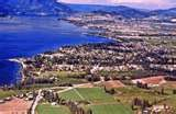 This sightseeing tour is the perfect introduction to the beautiful Okanagan, its lakes and Kelowna.