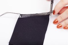 Tutorial: Stabilizing and gathering knits with clear elastic | Colette Blog