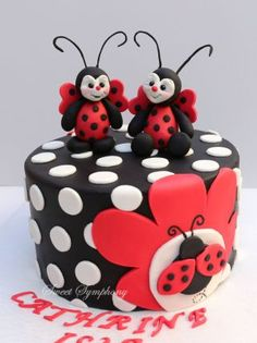 LADYBUG CAKE TOPPER: Christmas ornament, lady bug birthday cake topper, second birthday, polymer clay personalized childrens gift Baby Cakes, Girl Cakes, Fondant Cakes, Cupcake Cakes, Owl Cupcakes, Fruit Cakes, Backen Baby, Ladybird Cake, Ladybug Cakes