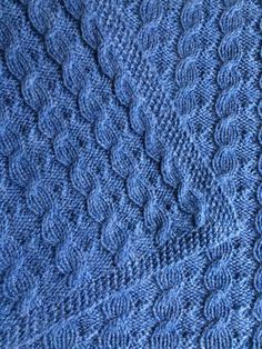 Free Knitting Pattern for Reversible Cable Baby Blanket - Suzanne Bryan's baby blanket is reversible and the cables can be knit without a cable needle. Pattern includes cable flare compensation to keep the ends of the blanket flat. Knitted Throw Patterns, Free Baby Blanket Patterns, Cable Knitting Patterns, Afghan Patterns, Double Knitting, Free Knitting, Baby Knitting, Stitch Patterns, Hat Patterns