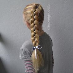 5-strand ribbon dutch braid by @jennishairdays 5-osainen nauhaletti