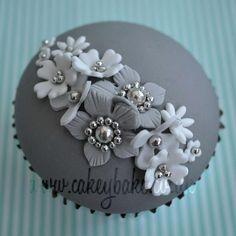 Sweet Platinum Cupcakes