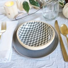 Our Charcoal Dot Bowl is beautifully simple in its design and pairs incredibly well with many other Terrafirma designs. Dessert Bowls, Side Salad, Pottery Studio, Decor Wedding, Charcoal Gray, High Gloss, Dinnerware, Stoneware, Art Pieces