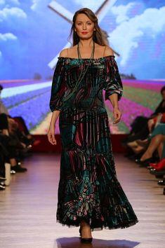 Velvet dress Big Size Fashion, Plus Size Stores, Plus Size Women, Plus Size Outfits, Shoulder Dress, Velvet, Collection, Dresses, Large Size Clothing