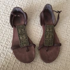 Good condition brown sandals Size 7 good condition Mossimo Supply Co Shoes Sandals