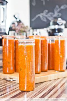 Creamy Sun-Dried Tomato Pasta Pasta - Pasta salad - shrimp Pasta - Pasta rezepte Creamy Sun-Dried To Chutneys, Canned Tomato Sauce, Vegetable Drinks, Winter Food, Food Gifts, Food Storage, Food Inspiration, Pesto, Love Food