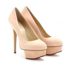 Ines Pink added this item to Fashiolista: http://www.fashiolista.com/item/14008664/
