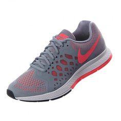 Porque desafías cada paso que das mientras entrenas, #Nike diseñó Zoom Pegasus 31, los tenis ligeros cuya malla da el soporte que necesitas para minimizar peso y garantizar una adecuada ventilación. #Running