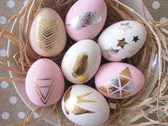 How to Make Temporary Tattoo Easter Eggs #Easter #Homecraft #DIY