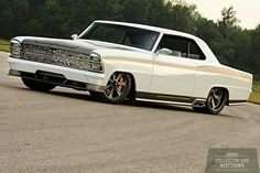 The Roadster Shop-built Innovator '67 Nova competed in the 2011 #OUSCI
