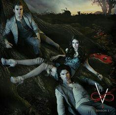 I'm fan of The Vampire Diaries❤️ . _ _ Eu sou fã de The Vampire Diaries❤️. Vampire Diaries Damon, Vampire Diaries Poster, Ian Somerhalder Vampire Diaries, Vampire Diaries Wallpaper, Vampire Diaries Funny, Vampire Diaries The Originals, Stefan E Elena, Damon And Stefan, Dramas
