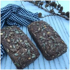 Groft glutenfri rugbrød - Betina Wessberg Lactose Free Recipes, Gluten Free Snacks, Foods With Gluten, Cook N, Vegan Bread, Low Fodmap, Yummy Cakes, Bread Recipes, Dairy Free